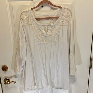 Cato 26/28 White Long Sleeve Top with Lace Bib